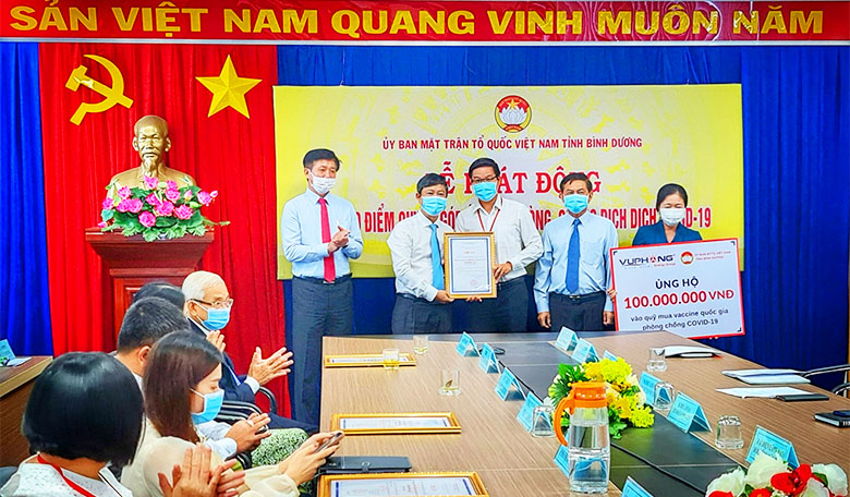 vu-phong-energy-group-donated-vnd-100-million-to-purchase-vaccines-against-covid-19