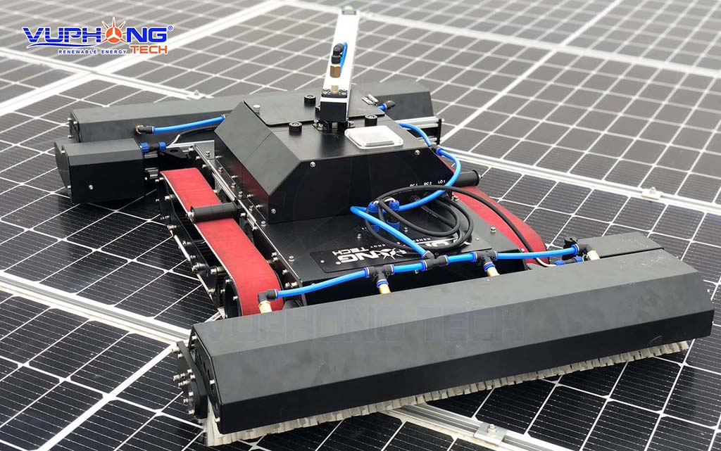 Robot-for-cleaning-solar-panels-3